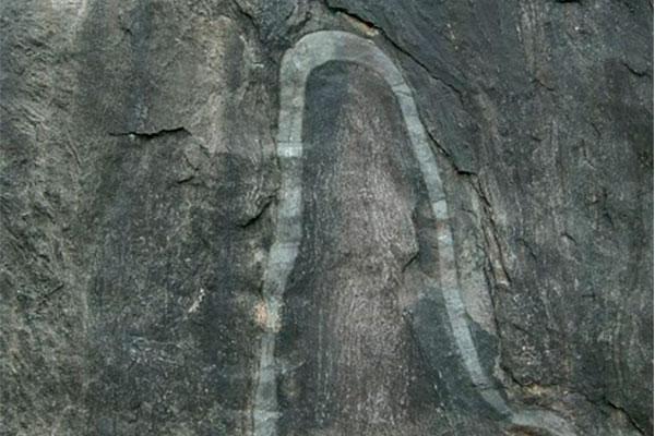 portal-da-serpente-peruibe