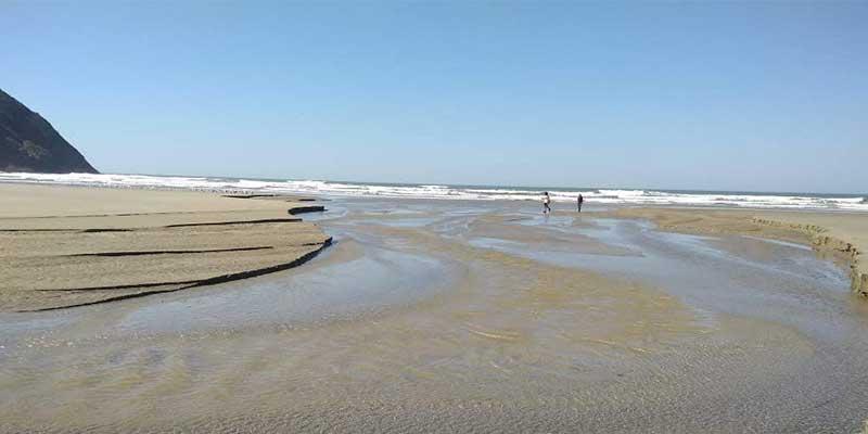 praia-do-arpoador-peruibe (1)